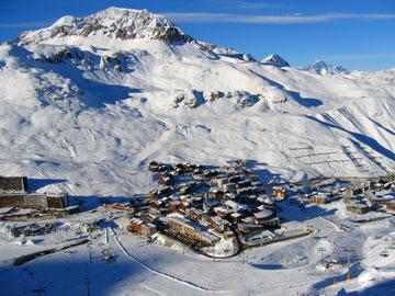 magasins de location de ski dans la station de tignes le lac